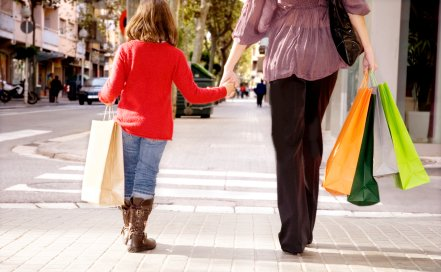 holiday shopping with kids